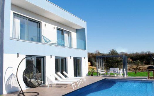 novaja villa v horvatii